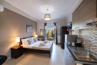 superior apartment villa verde bedroom