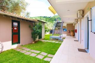 villa-verde-garden-02